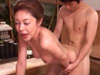 中出しソープ 麗しの熟女湯屋 橘美沙[2]
