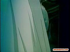 アニメ無修正:Caught hentai monster hard fucked [海外エロ動画]