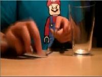 まさにペンビートボックス!ボールペン2本でスーパーマリオブラザーズのBGMを演奏