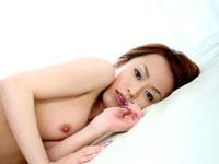 篠原もえの巫女さん♪全裸でおみくじ〜!!