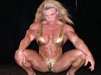 究極の美?なのかどうなのか・・・世界一の筋肉女子