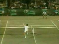テニス奇跡動画。必殺真空ロブ返しが決まった瞬間。ウィンブルドン1996