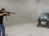 防弾ガラスの性能をAK-47で証明してみた動画。これは恐ろしすぎる