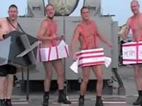 海軍 「クリスマスソングを皆で歌うよー!」