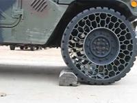 これはすごい!絶対にパンクしないタイヤ。というか空気を入れなくてもいいタイヤ