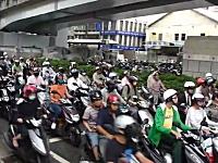 台湾の通勤ラッシュヤバすぎワロタwww多いのは知ってたけどここまでとは。