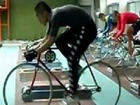 競輪選手の学校で撮影された映像「残像だ」