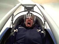実際にオリンピックで使われたコースで一般人がリュージュに乗るとこうなるw