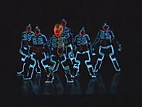 これはかっこ良すぎ。LEDマンたちによる神ダンス映像