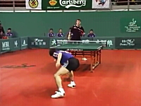 卓球って凄いスポーツだったんだな。というのが良く分かる試合ビデオ。松下浩二