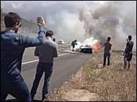約3000万円のランボルギーニ・アヴェンタドールが高速道路で炎上