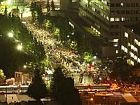 首相官邸前で行われた反原発デモを60秒間で見る。大飯原発再稼働
