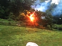 ババーン!ビカッ!(閃光)ニューヨークで撮影された恐ろしい送電線の映像