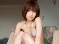 田中涼子 撮影風景ビキニショット