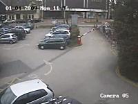 これは酷いw駐車場のゲートが余りにも酷いwという監視カメラの映像