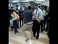 ガッコの先生にダンスバトルを仕掛けたらアイリッシュダンスでノってきた。