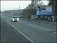 ロシアのスピード違反の取り締まりワロタwだれも止まろうとしないw