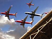 サンディエゴ国際空港にアプローチする旅客機を一つの映像に合成した作品