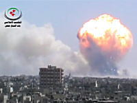 これはヤバい。シリアの爆発が世紀末かよっ!核兵器かよっ!みたいになってる。