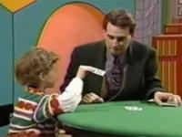 マジシャン「さて、ココに3枚のカードがあるね?」 子供「4枚あるよ!」