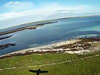 飛行時間は1分30秒!?世界一短い航空路線がマジで短かった動画。イギリス。