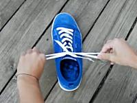 簡単に覚えられる世界最速の靴ひもの結び方映像。福原愛ちゃん結び。