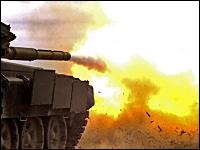 ロシアの軍事動画。戦車、歩兵戦闘車の主砲や重火器のスローモーション。