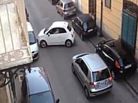 一人のへっぽこドライバーが詰まって段々と大変な事に。最後はブラボー!W