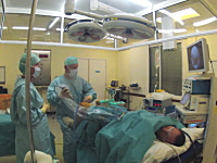 これは新しい。自分が受けた手術の様子を撮影して公開。手術室タイムラプス