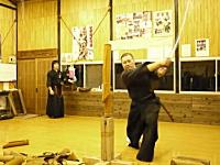 日本刀。真剣を使った稽古での失敗映像集。最後はマンガでワロタwww