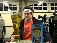 ビールかと思ったら油だった。2800グラムのオリーブオイルを3分間で飲み干す。