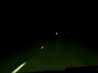 心臓が止まりそうになったドラレコ。暗闇の中から走行車線に突然ビックリ。