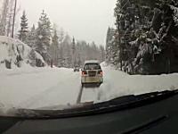 雪道でのこのドラレコ事故ワロタ。俺も同じ状況なら同じような声でてるハズw