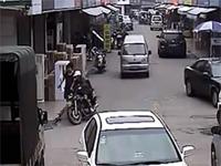 中国。ひったくり犯を町の総力を挙げてフルボッコにしてるあの映像
