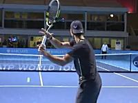 テニスのトッププレイヤーたちの練習風景がハンパない。選手の後ろから撮影