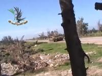 戦車にサイドから近づいて破壊した男。これは勇敢な反乱軍動画。シリア。