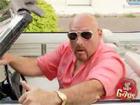 これぞドッキリの教科書!!車を運転しながら女の子に声をかけてたら恥かいた!