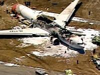 サンフランシスコで韓国のボーイング777-200型機が着陸に失敗して炎上。動画像。