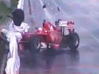 フェラーリのF1デモ走行で小林可夢偉が派手にクラッシュしちゃうwwwww