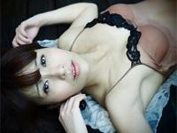 彩木里紗 DVD「逢いたかった」より、スレンダーボディをセクシーアピールダイジェスト