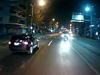 新青梅街道で対向車が中央線を越えて突撃してきたドラレコ。うわっ!あ゛〜〜!