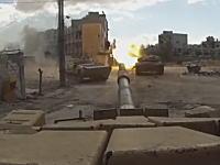 シリアで戦車(T-72)にGoProを装着して戦闘の様子をバッチリ撮影。戦車強すぎる