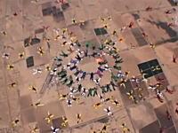 222人でスカイダイビングのギネス記録に挑戦していたチームの内の一人が激突死。