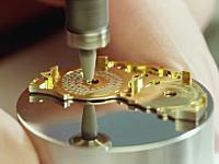 時計職人の世界。2.8億円の超高級腕時計ができるまで。パテック・フィリップ。