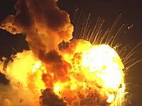 本日のアンタレスロケット打ち上げ失敗映像。ちょっと上昇して爆発して墜落どーん