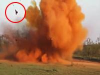 ちょwww吹き飛んでるやないかwwwハンターが狩りに爆弾を使うとこうなる