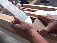 鰹節!?透けて見えるほど薄い。日本の大工さんの鉋がけ技術に海外が驚く。
