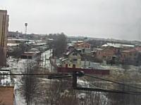 街に雨のように降り注ぐロケット弾。ウクライナが今本当にヤバい事になっている動画。
