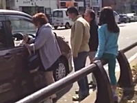 ブチギレ注意報wキチガイBBAが車にキレて恐喝などで逮捕。そのビデオ。