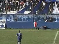 アルゼンチンのサッカー選手が試合中に大怪我。頭蓋骨を骨折して集中治療室へ。